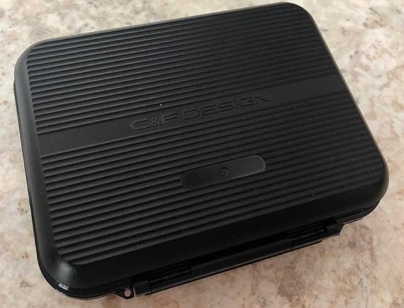 CFL-2512MGM магнитная коробка для воблеров